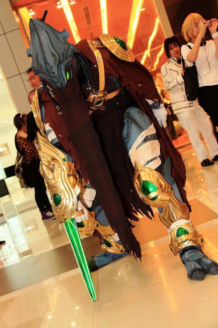my_zeratul_cosplay_by_darkgodmaru-d3d9agw