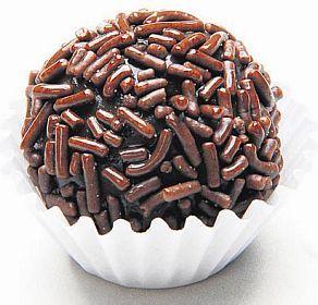 Um delicioso brigadeiro de chocolate