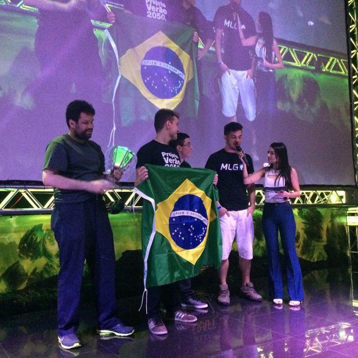 Direto da MAX5 This is Brasil  o campeo!